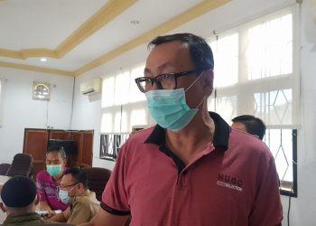 Koordinator pemilik toko di Komplek pertokoan THM, Ferry. Foto : Fokusborneo.com