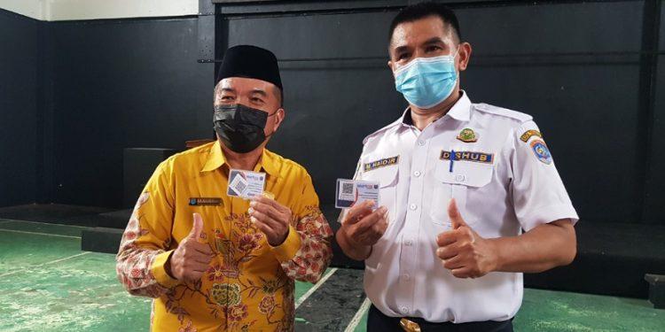 Ketua FKKRT Kota Tarakan Rusli Jabba bersama Kepala Dishub Kota Tarakan M. Haidir. Foto : Fokusborneo.com