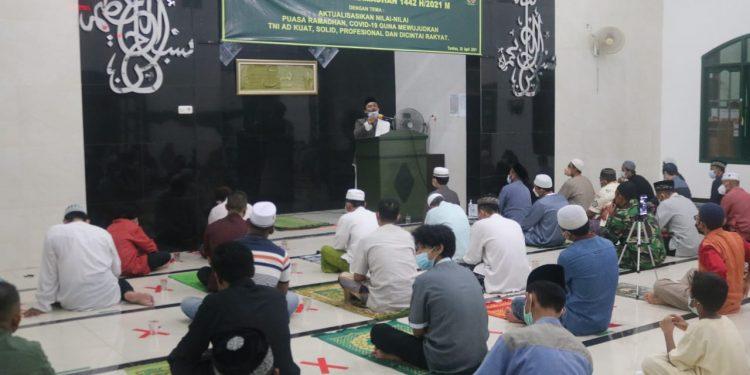 Kodim 0907 Tarakan menggelar peringatan Nuzulul Qur'an di Masjid Al-Baraqah Kelurahan Kampung 1 Skip.Foto: Penerangan Kodim 0907 Tarakan