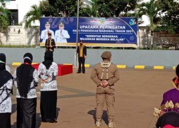 Bupati Kabupaten Tana Tidung, Ibrahim Ali saat memimpin apel peringatan  Hardiknas  di Pendopo Jafaruddin.Foto: Fokusborneo