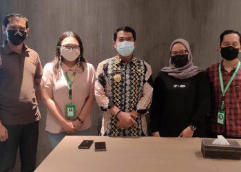 Layanan jasa ojek online (Grab) bersilaturahmi dengan Gubernur Kaltara, Drs. H. Zainal Arifin Paliwang SH M.Hum.Foto: Diskominfo Kaltara