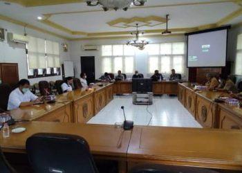 RDP terkait Dewan Pendidikan antara Komisi 2 DPRD Kota Tarakan, Dinas Pendidikan dan Pemerhati pendidikan. Foto : Istimewa