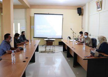 Wakil ketua DPRD Bulungan bersama  anggota DPRD melaksanakan kunjungan kerja ke Dinas Pendidikan dan Kebudayaan Kabupaten Tana Tidung dalam rangka menggali kebijakan pembelajaran tatap muka. Foto: Ist