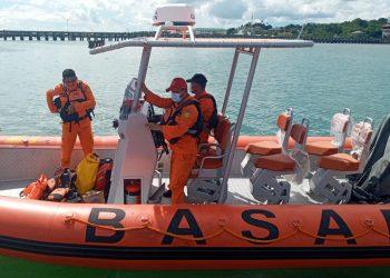 Tim SAR Bergerak Menuju Lokasi Penumpang Loncat ke Laut dari Speedboat Lestari Benuanta. foto: ist/Basarnas