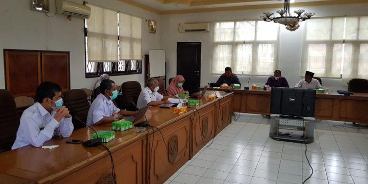 Rapat dengar pendapat Komisi II DPRD Kota Tarakan bersama Dinas Pendidikan terkait persiapan PPBD, Rabu (2/6). Foto : Fokusborneo.com