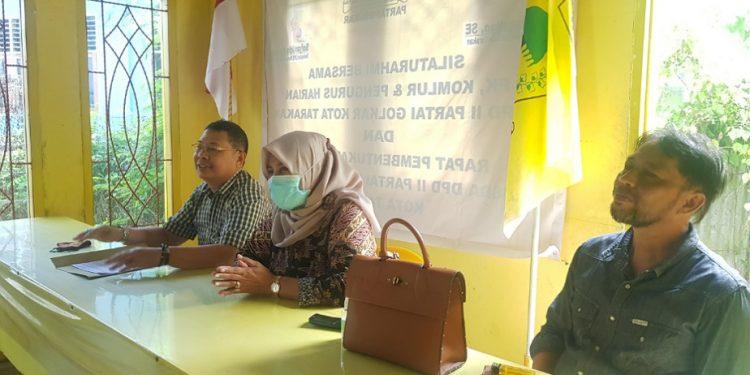 Plt Ketua DPD II Partai Golkar Kota Tarakan Siti Laela silaturahmi ke Tigor Nainggolan dan kader Golkar Kota Tarakan. Foto : Fokusborneo.com
