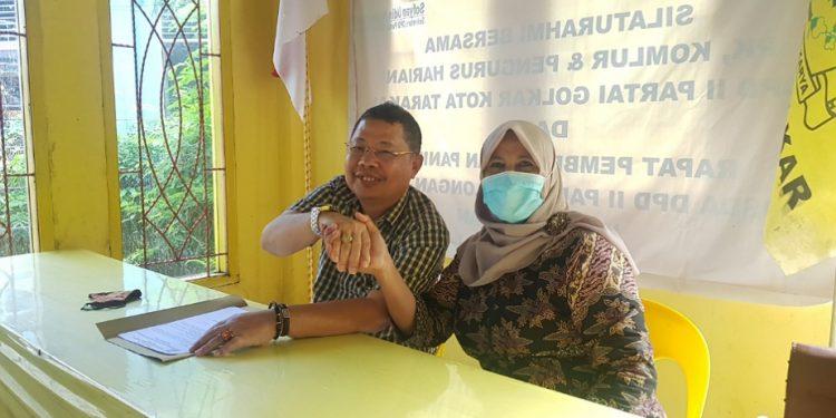 Siti Laela minta restu Tigor Nainggolan untuk maju calon Ketua DPD II Partai Golkar Kota Tarakan. Foto : Fokusborneo.com