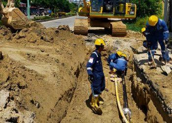 Proses Finishing Pengerjaan Pipa Bocor di Jalan Kusuma Bangsa Oleh PT Medco E&P Tarakan. Foto: IST/Medco