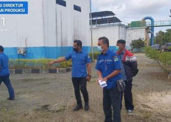 Dirut PDAM Tirta Alam Kota Tarakan Iwan Setiawan meninjau IPA Kampung Satu. Foto : Istimewa