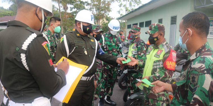 Pengecekan kendaraan dinas dan pribadi prajurit  bertempat di Lapangan Apel Makodim 0907 Tarakan