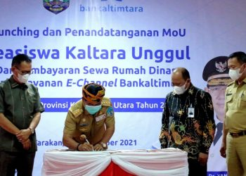 Gubernur Kaltara, Drs. H.Zainal A Paliwang, SH,M.Hum